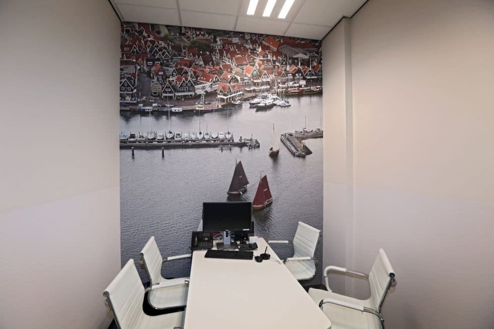 fotobehang in spreekkamer Molenaar & Zwarthoed Adviseurs